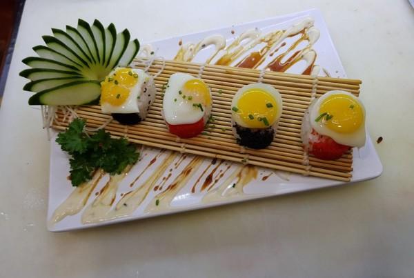 4 peças de sushi